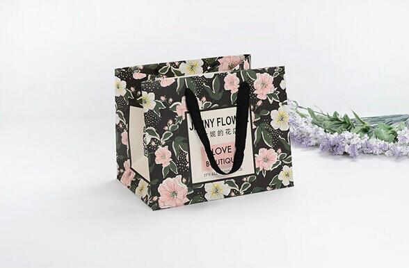 安妮的花店精美化妆品白卡纸袋定制